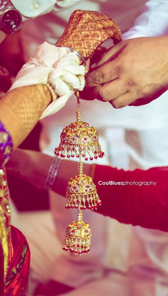 jewelled kundan kalire is every brides need  #trending #trendingbridalaccessories ##accessoriesideas #latestbridaltrend #goldenkalire #beautifuljewellery