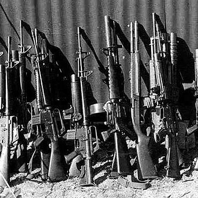 Some examples of the types of weapons used by U.S. Navy SEALs in Vietnam. There are multiple stoner 63 variants in this photo. Also m16s with xm-148 grenade launchers. One m-16 is also suppressed. #seals #navy #navyseals #m16 #xm148 #stoner63 #UDT #vietnamwar #specialforces #airborne #history #guns #army #marines #airforce #coastguard #nationalguard