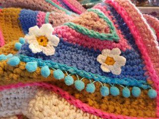Nu mijn mexicaanse deken klaar is, duik ik weer vol overgave in een aantal wip's!  Een paar weken geleden ben ik begonnen aan mijn Spaanse ...