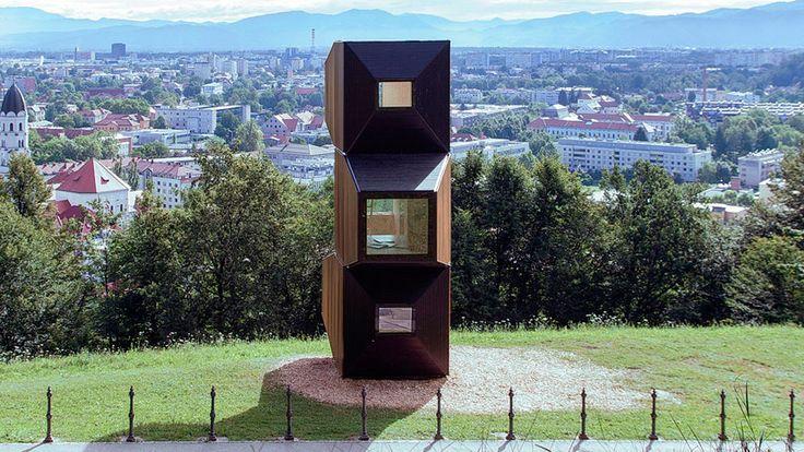 Las unidades habitables compactas de OFIS architects promueven el uso de la madera y la carpintería tradicional