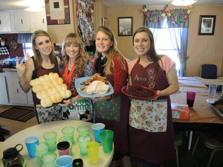 Anna Duggar sisters Priscilla Waller, Suzanna Keller, Rebekah
