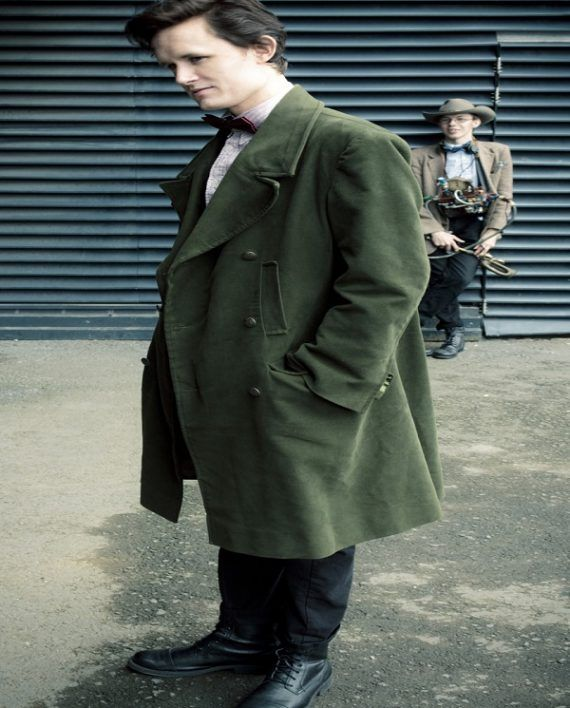 Doctor Who 11th Doctor Green Coat (4)