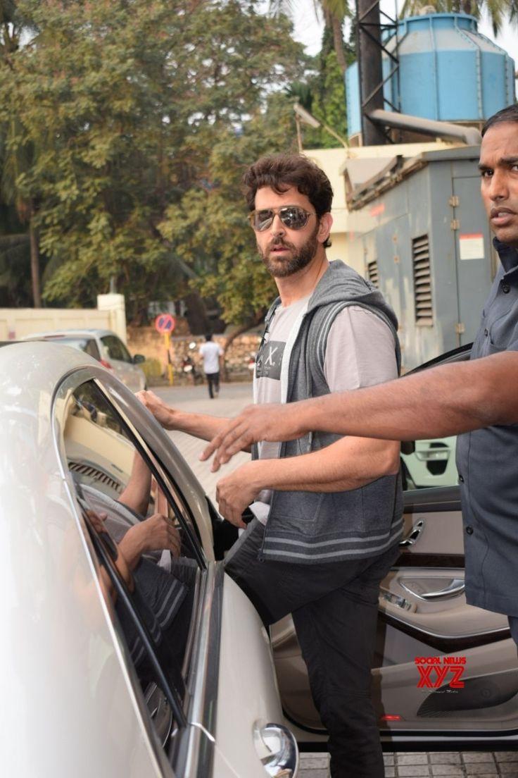 Mumbai: Hrithik Roshan seen at PVR cinema Juhu - Social News XYZ