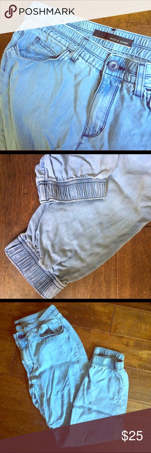 Chambray blue jean joggers - rich & skinny Light blue chambray baggy boyfriend jean joggers / lounge pants with drawstring and pockets in front and back. No damage or stains just needs to be ironed Rich & Skinny Pants Track Pants & Joggers