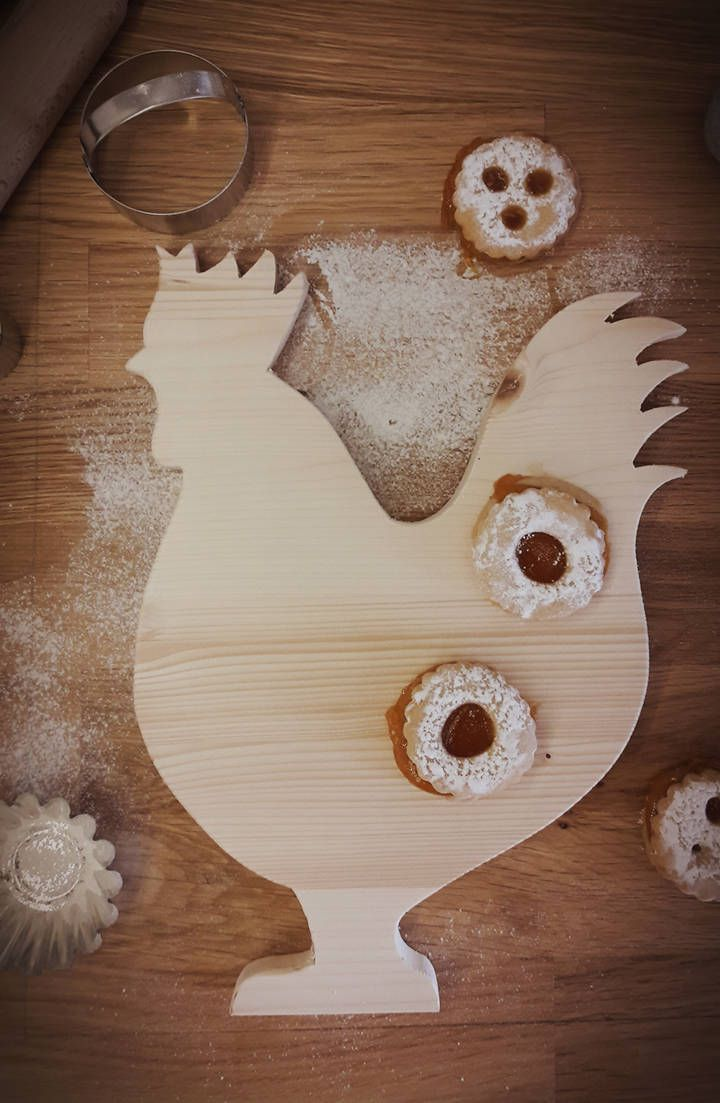 Handmade wooden rooster cutting board, home decoration, natural, love, rustic, vintage, pine, gift, farmhouse decor