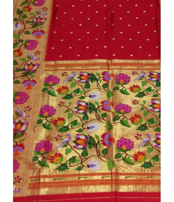 Red flower work Handloom Paithani Saree----The kaleidoscopic effect Paithani sarees are very popular with brides, and are much loved for the rich tapestry-like effect they have on their pallus.--------------------Sarees from  luxurionworld.com