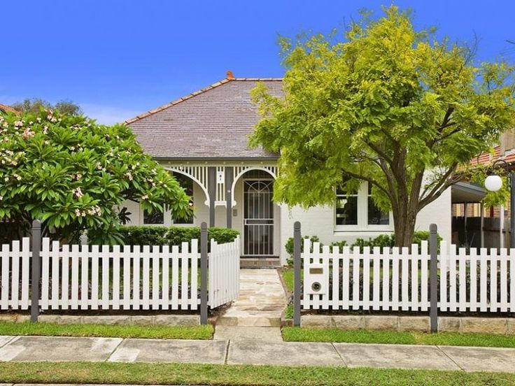 garden design blog, picket fence design, australian garden design blog, garden design ideas, picket fence ideas