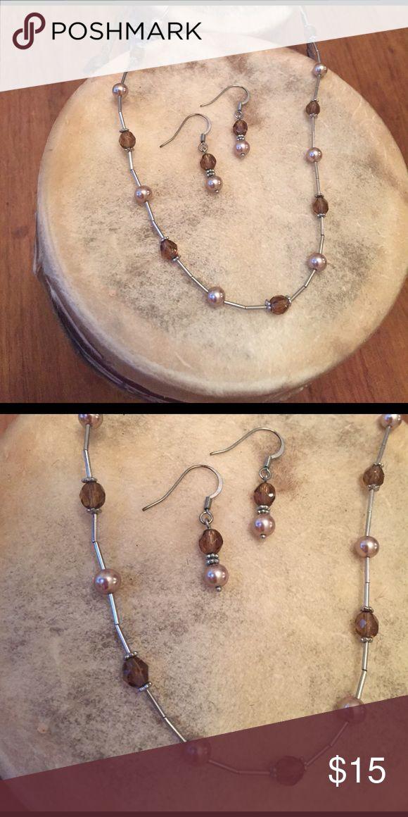 """Lia Sophia Necklace and Earring Bundle Sweet and simple Lia Sophia Necklace and matching earrings. Necklace measures 9"""". Lia Sophia Jewelry Necklaces"""