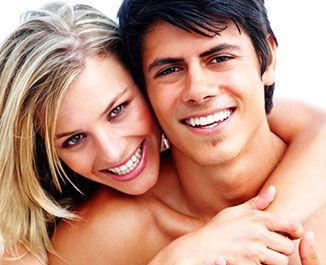 Whitening strips отбеливание зубов Advanced teeth Whitening strips являются оптимальным решением для отбеливания зубов в домашних условиях с достижением максимального результата, который заметен уже через 3-4 дня после использования! При этом полоски Advanced teeth Whitening strips не вызывают болезненных ощущений и безопасны для эмали зубов.