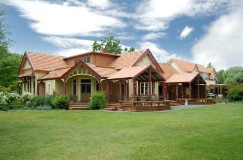 HAWTHORNE HOUSE - HAVELOCK NORTH, NZ - We were lucky enough to win a stay here - such a charming place, near Hastings.