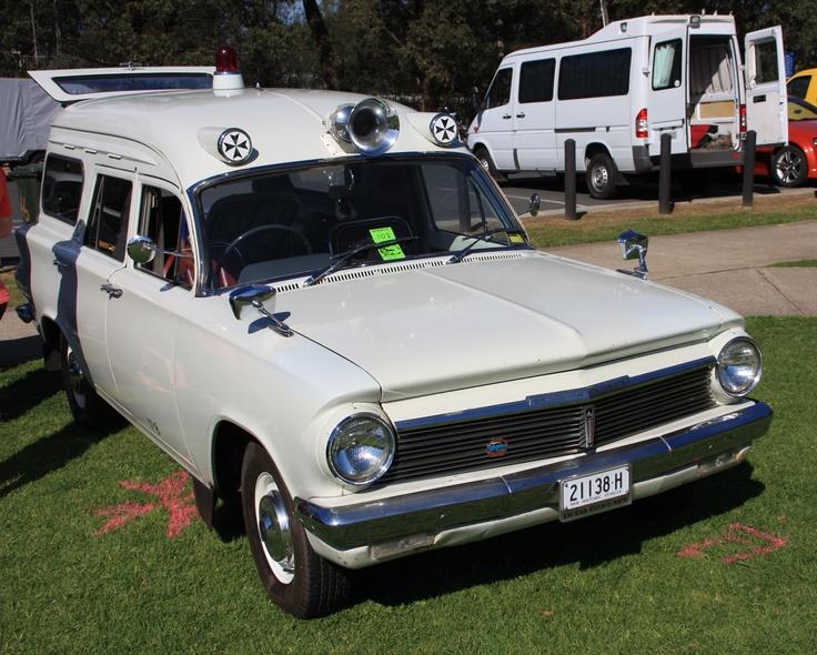EH Holden ambulance (Australian) want it <3