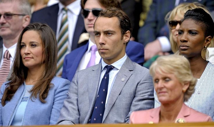 Pippa Middleton - Pippa Middleton Watches the Wimbledon Matches
