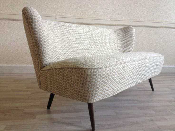 25 best ideas about Mid century sofa on Pinterest Mid century