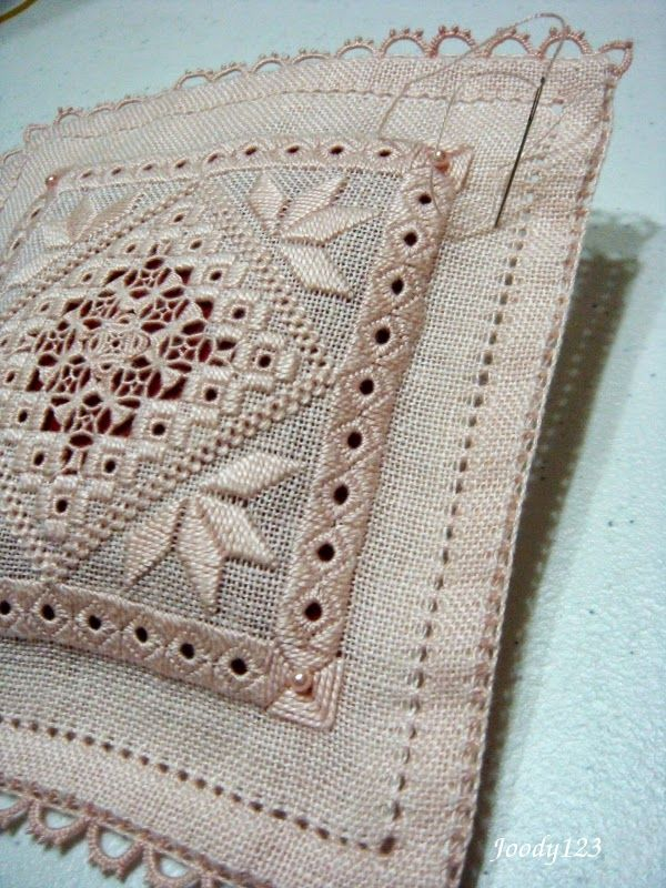 Whitework Embroidery: 已完成半成品
