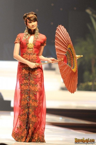 anne avantie 20th collection 5 - fashion - Indonesia