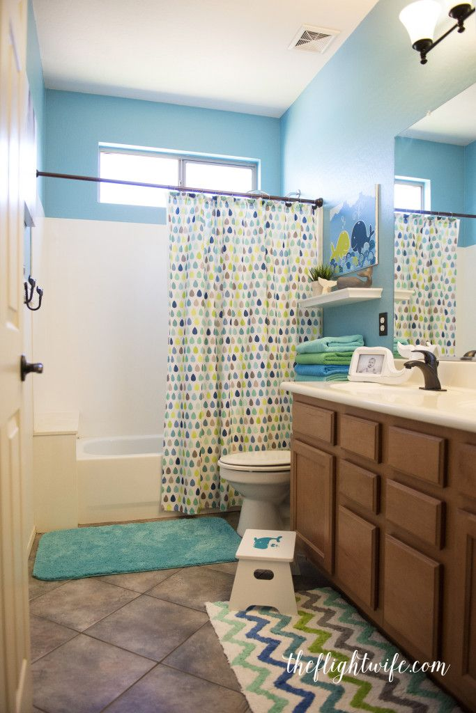 kids bathroom makeover 25 best ideas about kid bathrooms on bathroom 13334