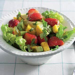 Recept - Salade met avocado, mango en aardbeien - Allerhande