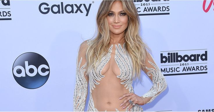 22 Pictures of Jennifer Lopez's Rock-Hard Abs, Because Why Not?