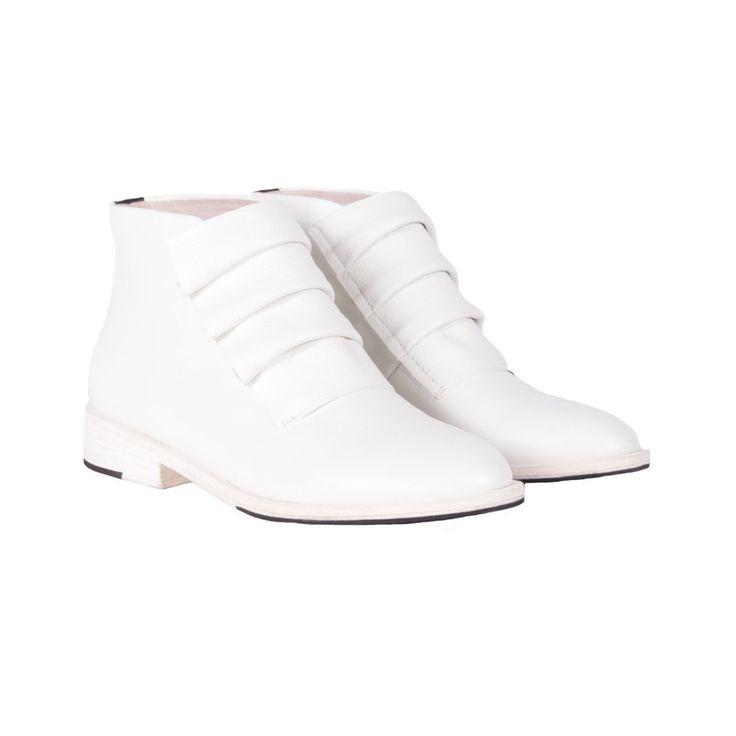 CORA BOOT WHITE