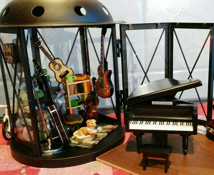 Lanterna decorata stanza della musica