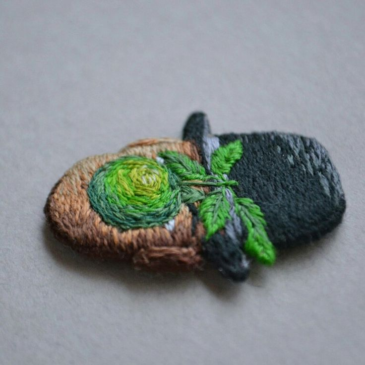 The Son of Man brooch is already in my Shop 😍