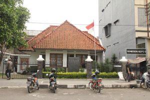 Rumah Bersejarah di Jl. Ciateul yang menjadi tempat berkumpul menajamkan ide-ide kemerdekaan RI.