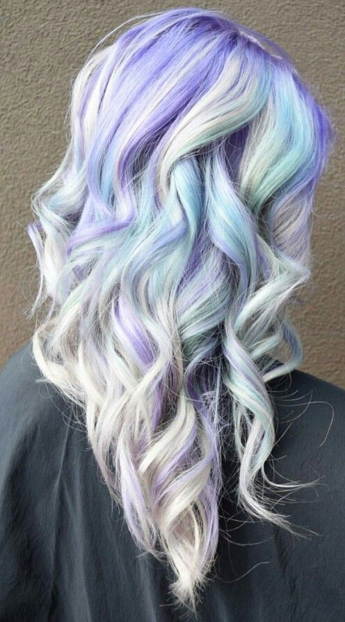 Pastel purple white dyed hair color @rossmichaelssalon