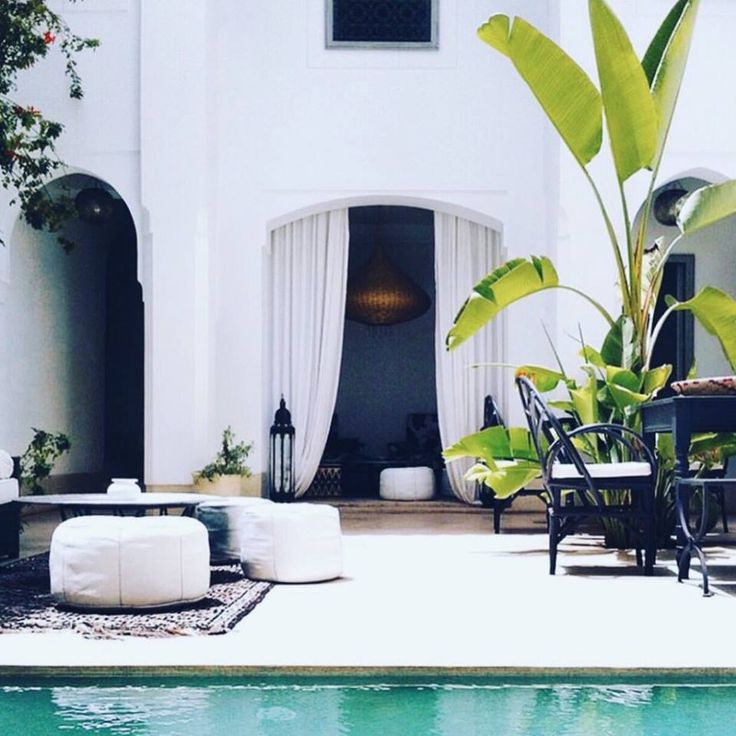 Moroccan inspired poolside  // In need of a detox tea? Get 10% off your teatox order using our discount code 'Pinterest10' on www.skinnymetea.com.au X