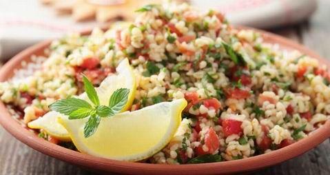 Tabulé, a frissítő saláta