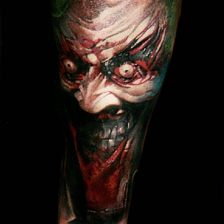 Tatuaje realista del Joker.