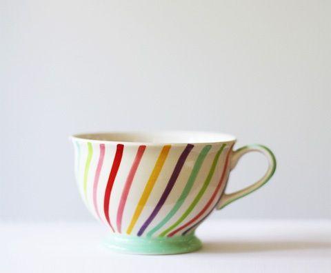 DIY Painted Cup TutorialRainbows Teacups, Cups Tutorials, Teas Cups, Diy Painting, Coffe Cups, Free Download, Coffee Cups, Tea Cups, Painting Cups