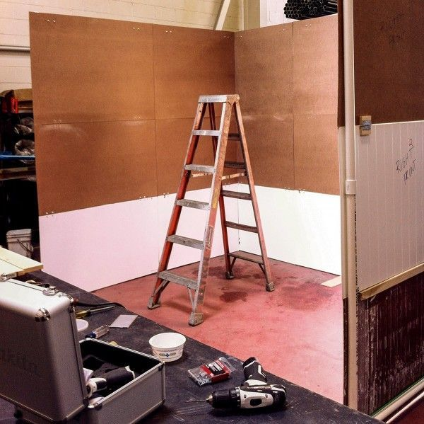 How to Build a Trade Show Booth that Fits in the Trunk of a Car