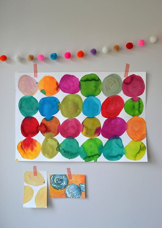Art with Kids: Watercolor Circle Paintings DIY paint project for kids. #diy #crafts #kids #painting #art