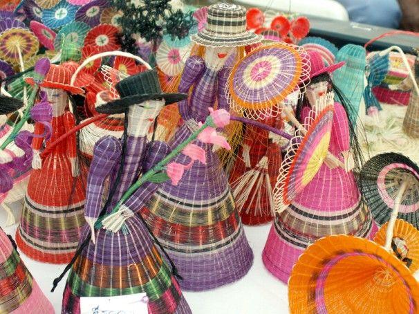 Se realizará en el Parque Bicentenario de Vitacura entre el 28 de octubre y el 13 de noviembre. Como parte del folclore nacional, la cestería chilena en crin, que toma como materia prima las colas de caballo, se caracteriza por sus delicadas figuras de...