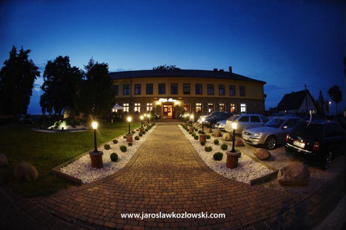 Villa Rosa Pełną ofertę weselną znajdziesz na http://www.gdziewesele.pl/Restauracje/Restauracja-Villa-Rosa.html