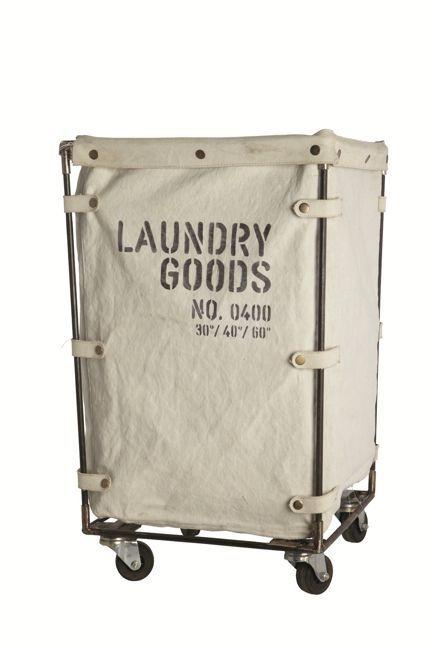 Vasketøjskurv i kanvas og metal på hjul fra House Doctor