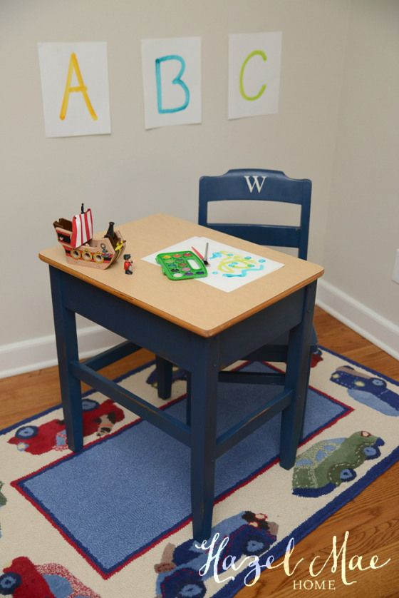 Annie Sloan Napoleonic Blue Vintage School Desk {by Hazel Mae Home}