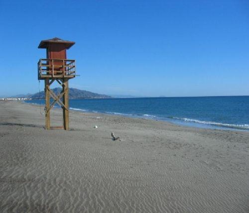 http://es.1000apartamentos.com/Almeria/Vera/Apartamentos/El-Playazo-de-Vera-/618694