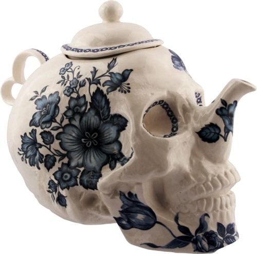 skull and flowers teapot #PinTeaTuesday
