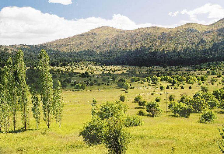 File:Arkadia idyll Peloponnese.jpg