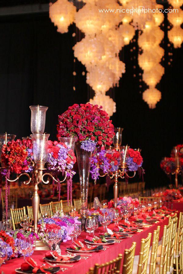 Dingdong Dantes and Marian Rivera Celebrity Wedding Photos   http://brideandbreakfast.ph/2015/01/02/dingdong-dantes-and-marian-rivera-celebrity-wedding-photos/