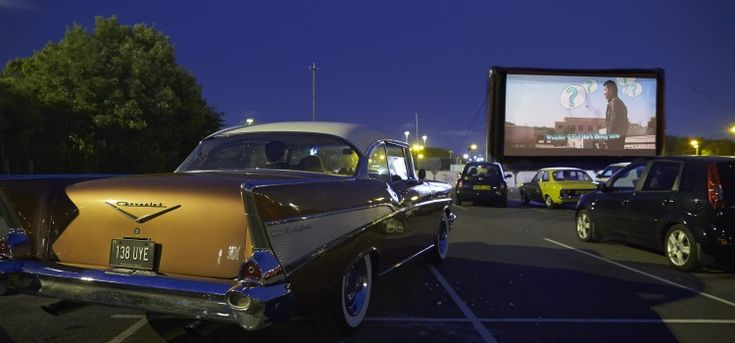 Drive in Cinema! One of our top 20 London date ideas #date #london