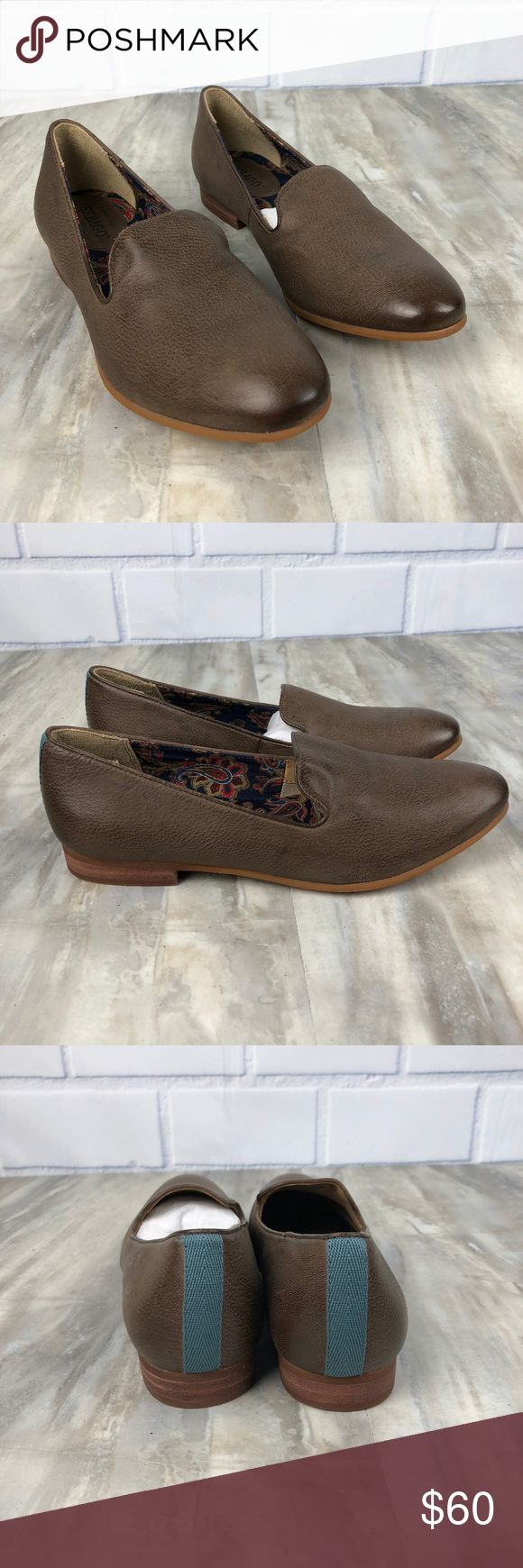 Sebago Hutton Smoking Flats Leather Size 7 New without box Women's Sebago Hutton Smoking Flat Retail $120 Size 7  Brown Leather Flats Slip-On style shoes Nonsmoking home No box May be marks from not being stored in a box - good condition - please see photos. Sebago Shoes Flats & Loafers
