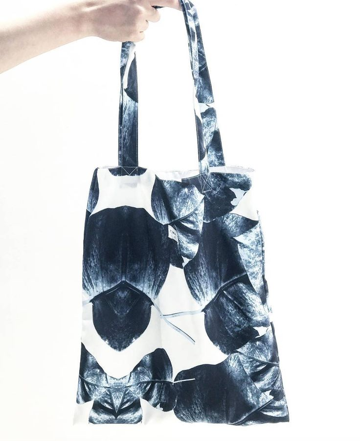 Black Spade High Quality Canvas tote bag by MoriStore on Etsy