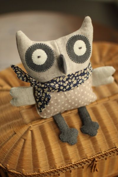 Love the fabric choices in this little guy