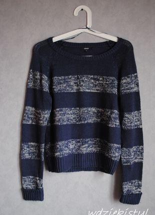Kup mój przedmiot na #vintedpl http://www.vinted.pl/damska-odziez/swetry-z-dekoltem/12068216-granatowy-sweter-w-paski-papaya