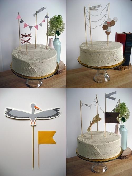 Decoracion de tartas de cumpleaños con banderines