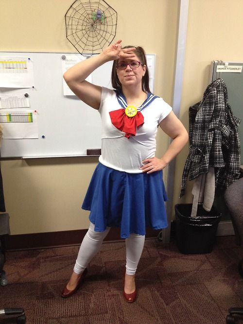 ♪♫ She is the one… SAILOR MOON!♫♪ Here is the... | Emz Geekery