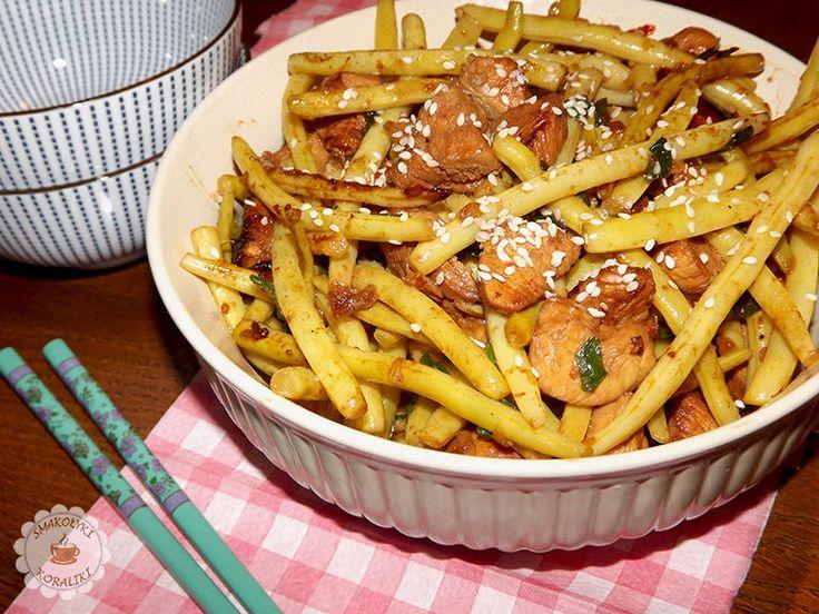 Kurczak z fasolką szparagową po azjatycku   Smakołyki i koraliki