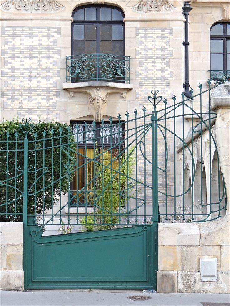 17 best images about art nouveau on pinterest door handles art nouveau furniture and staircases. Black Bedroom Furniture Sets. Home Design Ideas